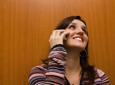 Cómo hacer llamadas internacionales gratis a través de teléfonos VoIP