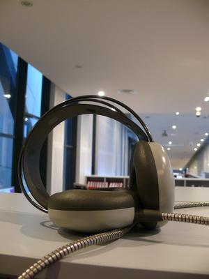 Cómo utilizar un auricular como micrófono Mac