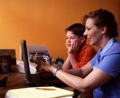 ¿Cómo puedo controlar la actividad de Internet en mi casa?
