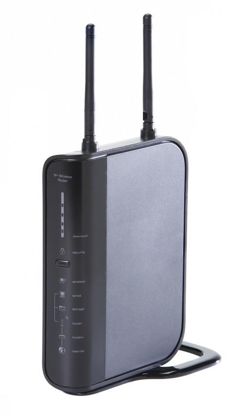 Cuál es la diferencia entre una tarjeta WiFi en un portátil y un router?