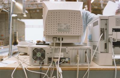 Cómo transferir un rodillo para una impresora LaserJet 4