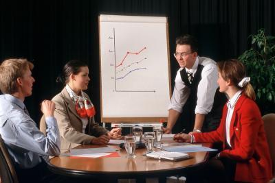 ¿Cuáles son algunos Ventajas y Desventajas de crear una presentación de PowerPoint vs. Presentación de un PDF?