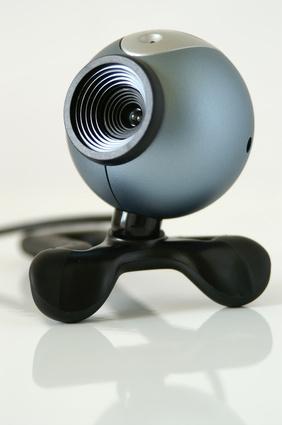 Cómo cambiar la configuración del micrófono en una Creative WebCam
