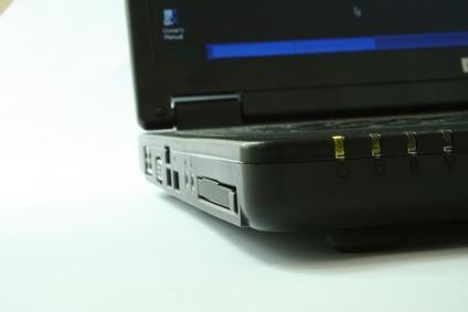 Cómo utilizar un puerto de infrarrojos en un ordenador portátil