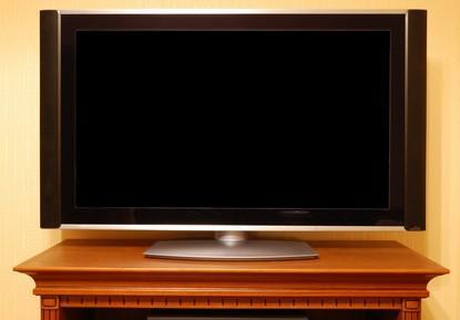 Cómo utilizar un televisor de pantalla ancha como un segundo monitor