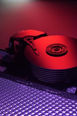 Cómo instalar una unidad de disco duro de un PC de escritorio