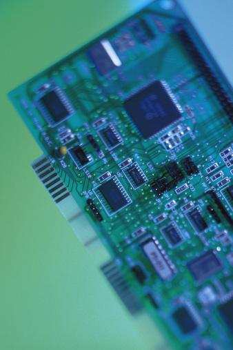 Diferencias entre AGP y PCI-E