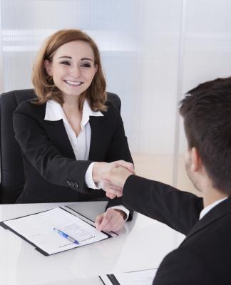 Cómo realizar el seguimiento del proceso de reclutamiento en Microsoft Excel
