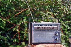 Cómo crear un drama de radio en línea