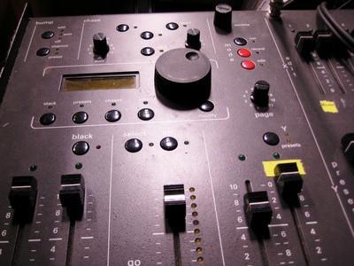 Cómo hacer que la música en formato WAV o MIDI File