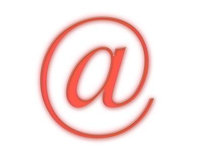Cómo extraer direcciones de correo electrónico Desde PST