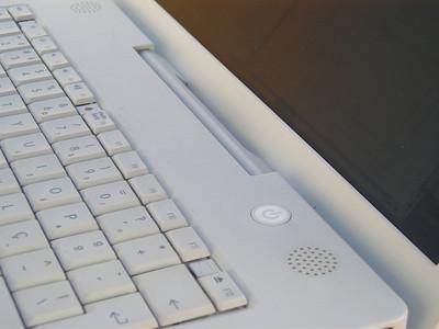 Cómo hacer que los iconos del escritorio grande en un Mac