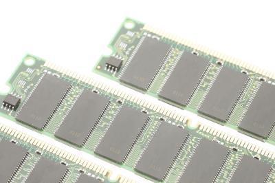 Cómo encontrar una tarjeta de memoria RAM para un Optiplex GX270
