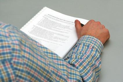 ¿Cómo puedo añadir el Proyecto de Word como fondo a documento de Word?