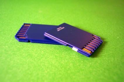 Cómo instalar un sistema de grasa en una tarjeta SD