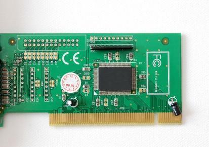 Las especificaciones de un Dell Dimension 3000 Motherboard