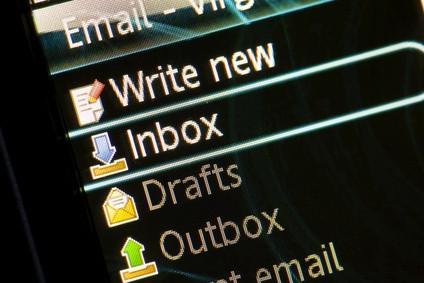 Cómo archivar correo electrónico Microsoft