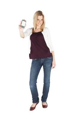 Para activar tu iPhone 3G 3.1.3 con una tarjeta SIM de T-Mobile en iTunes