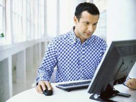 Cuál es la diferencia entre la respuesta y reenviar en el correo electrónico?