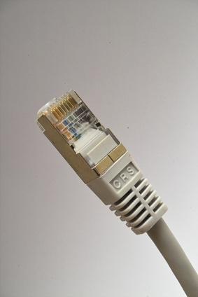 Como casa de cables de alambre Cat6