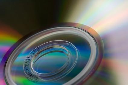Cómo imprimir en un DVD con una impresora láser