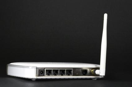 Cómo configurar un servidor a un router inalámbrico