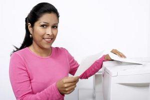 Cómo imprimir Etiquetas diferentes en una sola hoja de papel de etiquetas