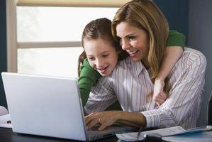 Cómo utilizar Facebook para comunicarse con sus hijos