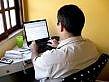 Cómo ejecutar una búsqueda inversa de correo electrónico gratuito
