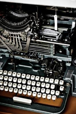 ¿Por qué se ha pegado en teclados QWERTY?