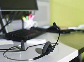 Cómo recibir llamadas telefónicas a través de Internet Mientras