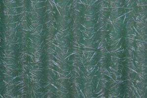 Diferencia en fibra de vidrio de tela y Mat