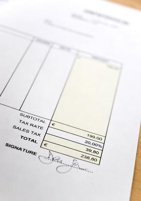 Cómo crear una factura con una imagen de fondo