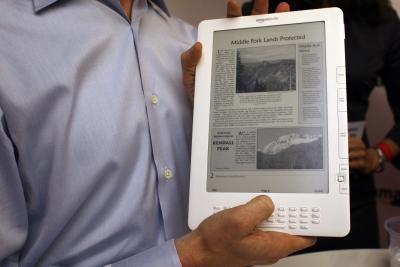 Cómo leer archivos PDF de mi tarjeta SD en el Kindle