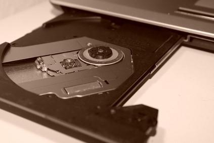 Dell Inspiron 8200 Laptop Especificaciones