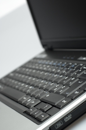 Cómo cambiar el CMOS en un Dell C610