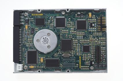 Cómo reemplazar la batería CMOS en un ordenador portátil Dell Latitude CPX