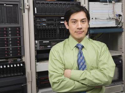 Cómo configurar un router Cisco con cortafuegos