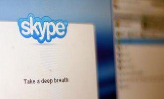 Pueden ambas partes de un chat de Skype pueden eliminar?