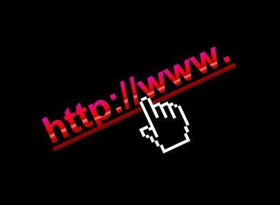 Cómo utilizar un hipervínculo para pasar datos a una página de acceso