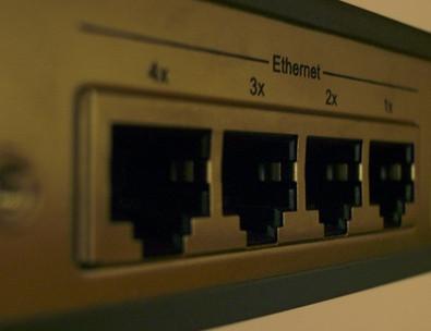 Cómo configurar mi servidor 2003 como un router de Internet