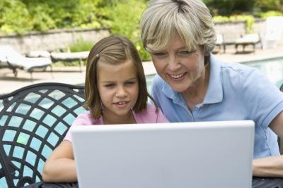 Cómo ayudar a los padres mayores con sus PC