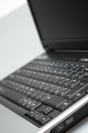 Cómo utilizar un bloqueo de número en un ordenador portátil