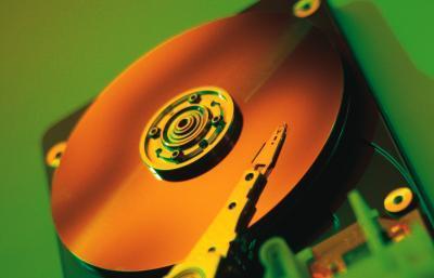 Cómo instalar una unidad de disco duro en un ordenador Dell Dimension 4600