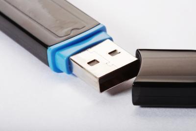 Cómo descargar desde un ordenador a un Memory Stick