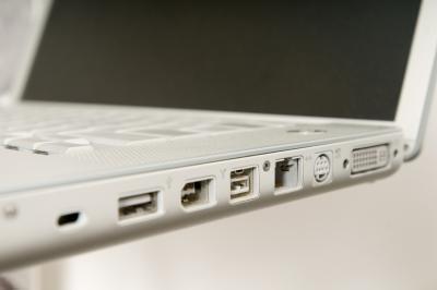 Lo que se necesita para hacer que mi televisión un monitor para mi portátil?