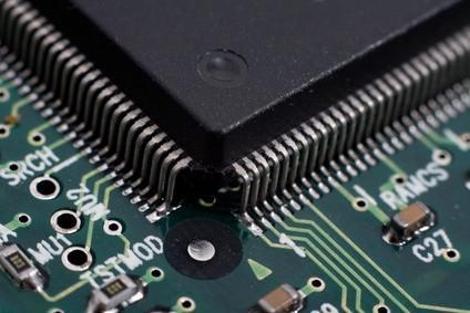 Cómo reemplazar el procesador en un ordenador portátil Dell Inspiron 8100