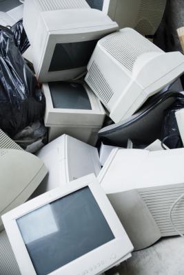 Cómo desmontar un CRT para el reciclaje de cobre
