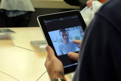 ¿Se puede utilizar YouTube en iPads?