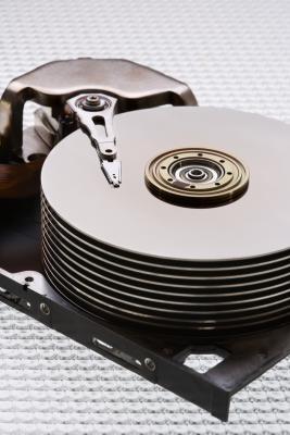 Cómo instalar una unidad de disco duro